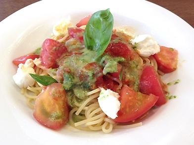 冷製トマトのスパゲッティ