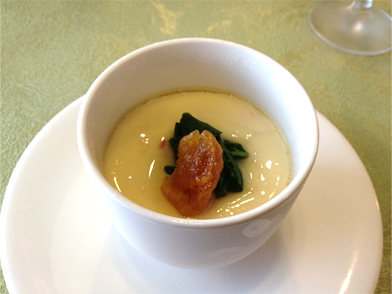 軽井沢菜とあんずの冷製茶碗蒸し